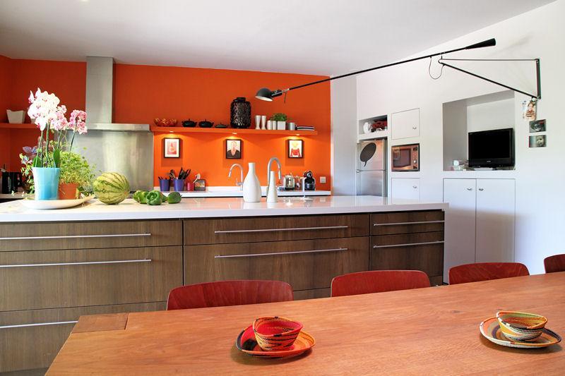 ديكورات باللون البرتقالي 11358516745