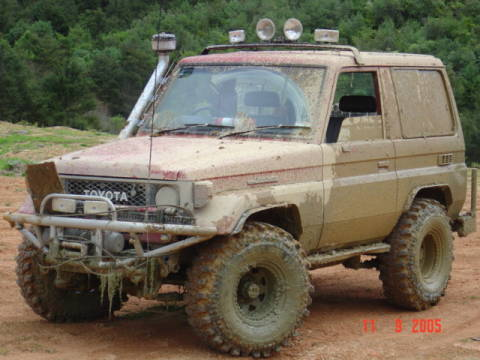 Nice car picture post - Page 2 1985-toyota-landcruiser-dsc02779