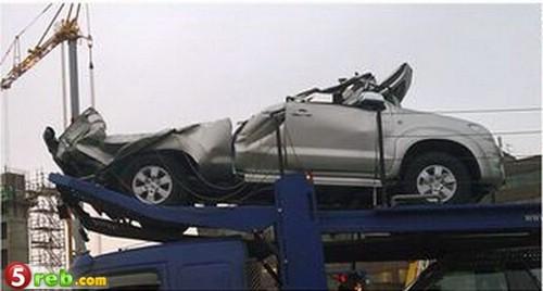 حادث سياره محمله على شاحنه 0031465
