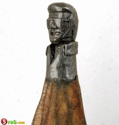 اعمال على رؤوس اقلام الرصاص Pencilleadsculptures-13