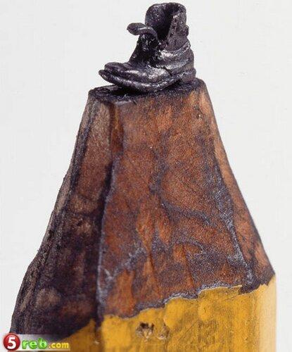 اعمال على رؤوس اقلام الرصاص Pencilleadsculptures-9
