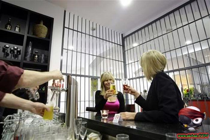 سجن النساء في ألمانيا . صور مذهلة ورائعة Domain-363ee04248