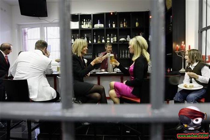سجن النساء في ألمانيا . صور مذهلة ورائعة Domain-67ac0dc3bd