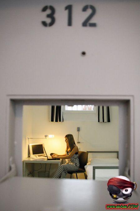 سجن النساء في ألمانيا . صور مذهلة ورائعة Domain-979f09e659
