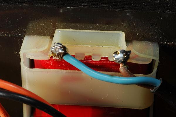 Chargeur visseuse Hitachi fusible interne qui saute Uc9sc2