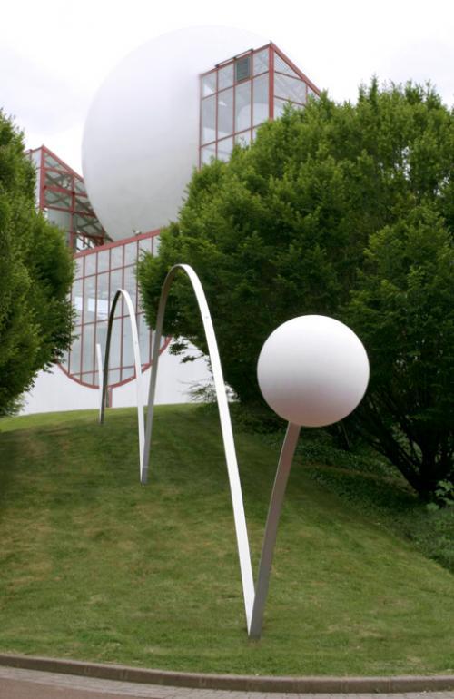 Boule du Futuroscope : démontage, reconstruction, scénographie (2012-2014) F68439b39b7078684261a272fff645863da2fa49