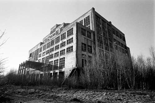 Des ruines Binchegebouw3