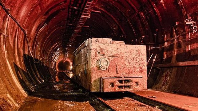 Según los cientificos del LHC el primer Universo era Líquido Lhc_ruso--644x362