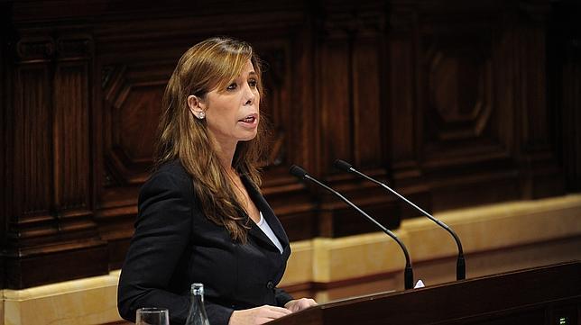 Proposición de Ley de Impuestos a las Grandes Riquezas (GPSU) - Debate y votación Camacho-ines--644x362