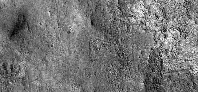 Curiosity en Marte, un hito en la exploración espacial - Página 6 Curiosity-huellas--644x300