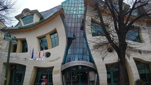 Los diez edificios más raros del mundo Casa_torcida--644x362
