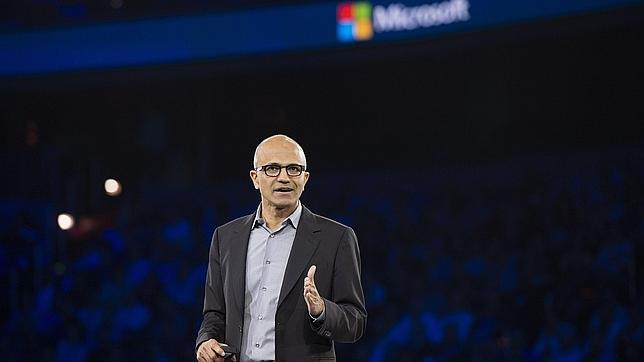 Microsoft presenta el nuevo Windows 10  Satya-microsoft--644x362