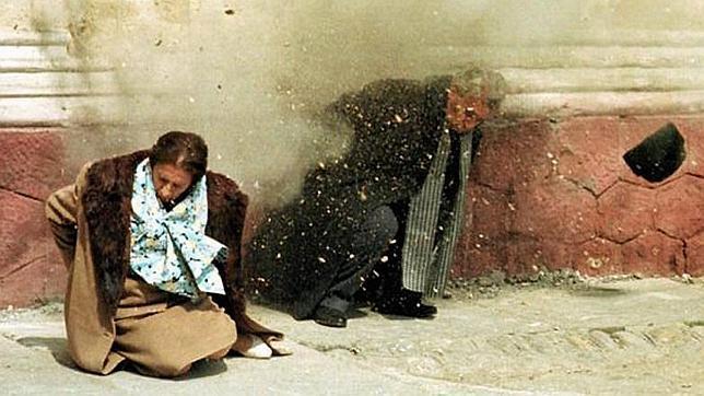 Crisis de inseguridad en Venezuela. (sálvese quien pueda) - Página 15 Ceausescu-Execution-4--644x362