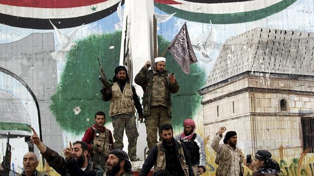 Siria. Imperialismos y fuerzas capitalistas actuantes. Raíces de la situación. [1] - Página 20 Nusra--644x362