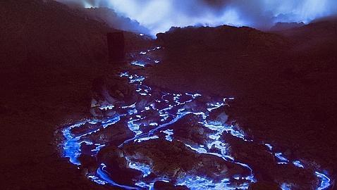 El volcan de lava azul Blue-fire-java1--478x270