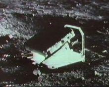 Apollo 11 : La NASA a égaré la Lune - Page 4 Alaser2