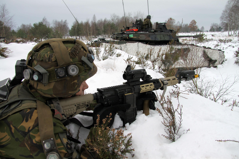 Armée Hollandaise/Armed forces of the Netherlands/Nederlandse krijgsmacht - Page 3 43mechbrig2_tcm46-1765tbmv