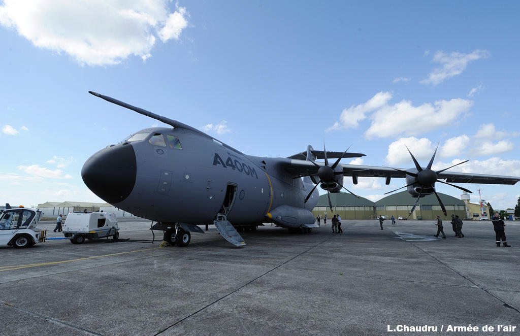 Airbus A400M - Page 9 A400mcazaux9mg1z