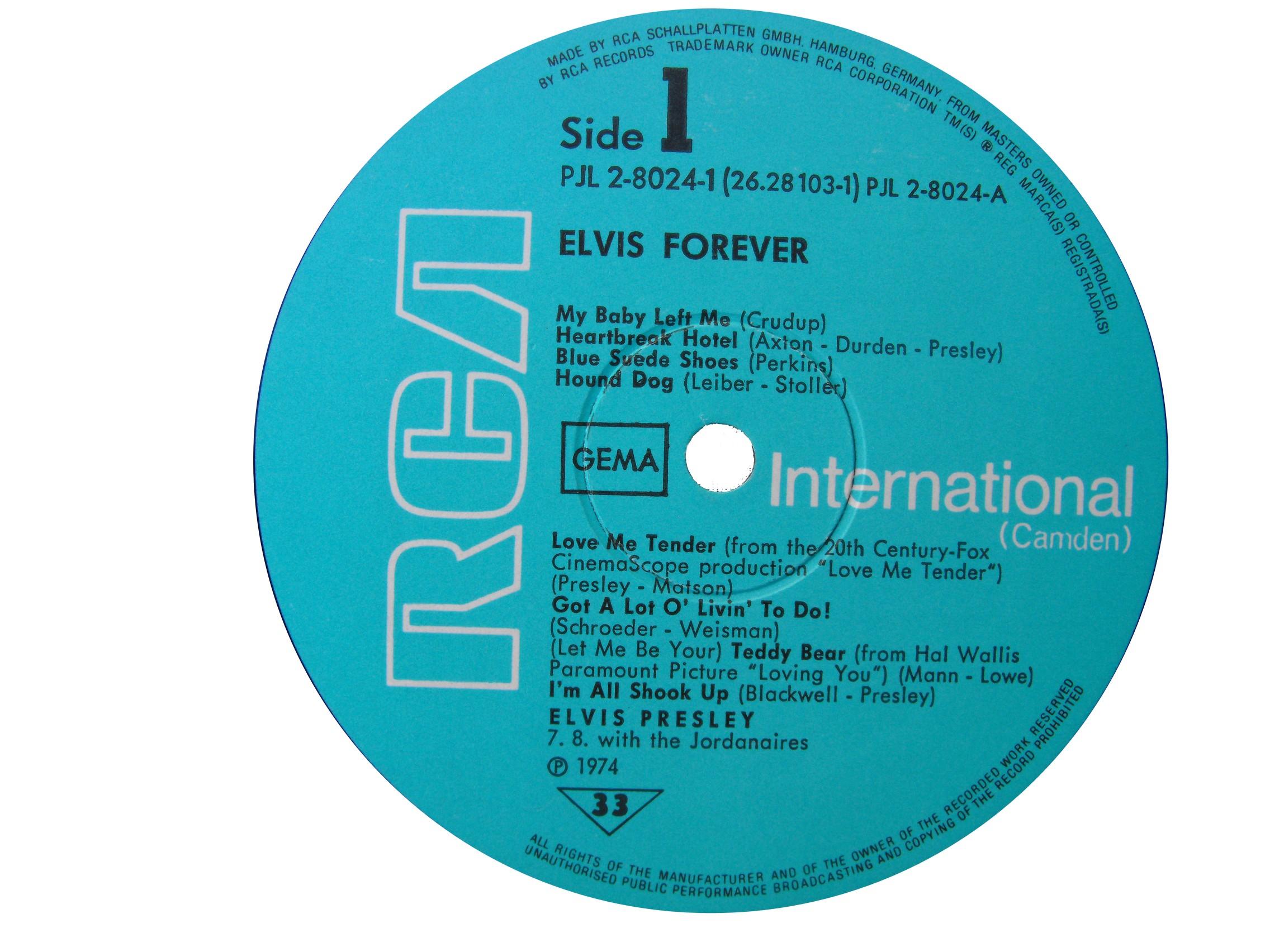 ELVIS FOREVER - 32 HITS Efside119753ldur