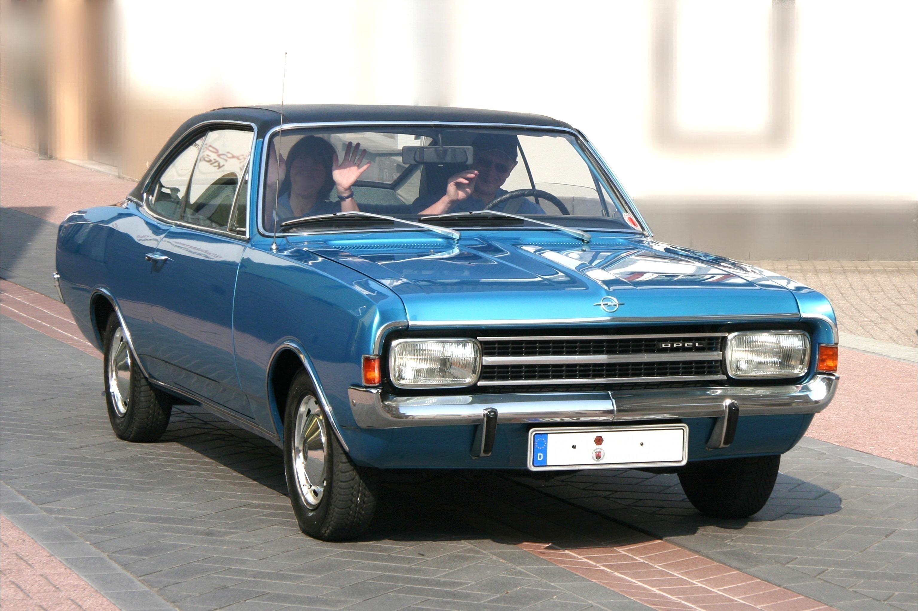 Azbuka automobila - Page 5 Opel_rekord_1900_l2c_0qr8a