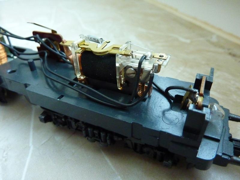 Märklin 3155 111 136-8 Umbau auf Lichtwechsel (in Vorbereitung) P105010217m7