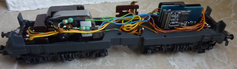 Märklin 3155 111 136-8 Umbau auf Lichtwechsel (in Vorbereitung) P10700629cznf