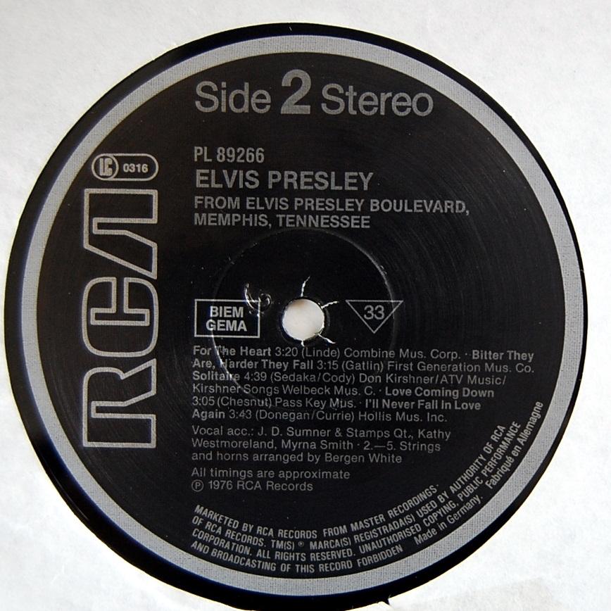 FROM ELVIS PRESLEY BOULEVARD, MEMPHIS, TENNESSEE Pl-89266-4viuto