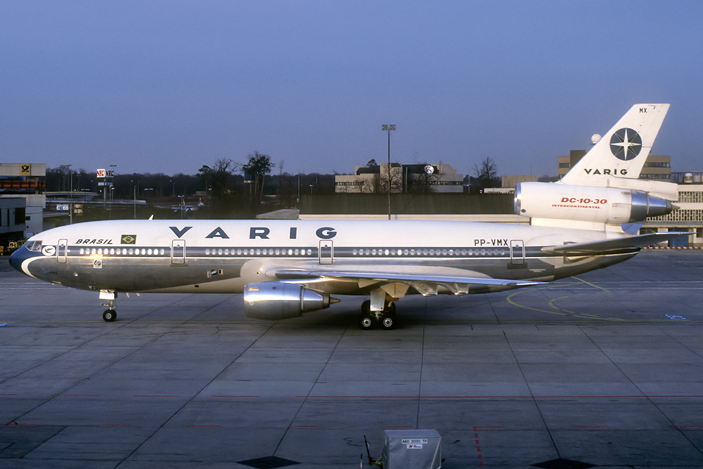 DC-10 in FRA - Page 4 Pp-vmx_1987hgypz