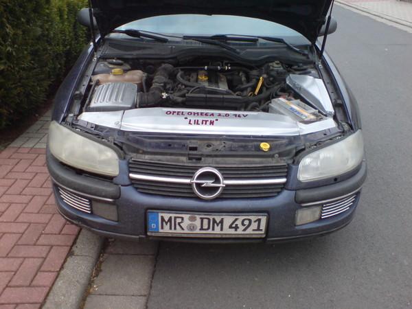 Omega 2.0 16V Umbau Scheinwerfervorherqzi1