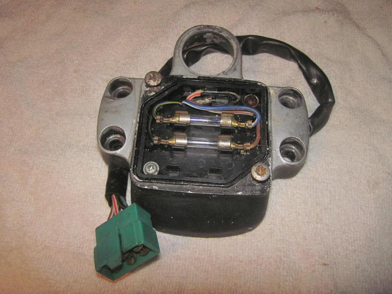 Instandsetzung und Neuaufbau CX500C - Seite 3 Sicherungskastencx500aiylq