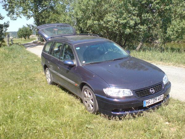 Omega 2.0 16V Umbau Spiegellackiert4e6m