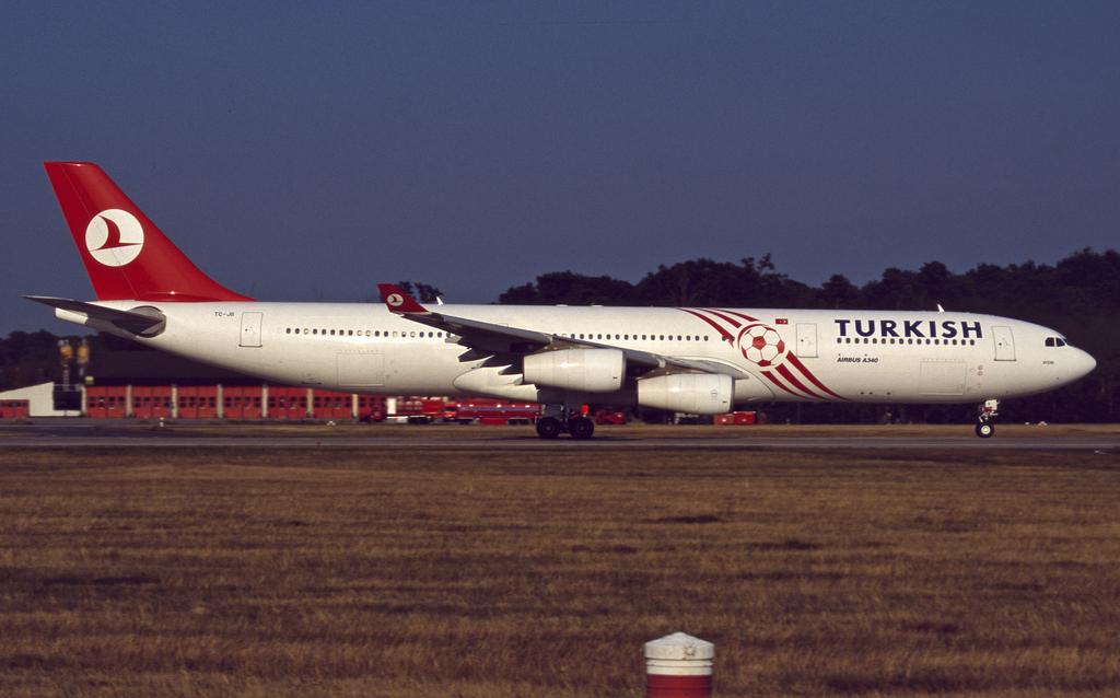 A340 in FRA Tk-a343-tc-jii-02424nokav