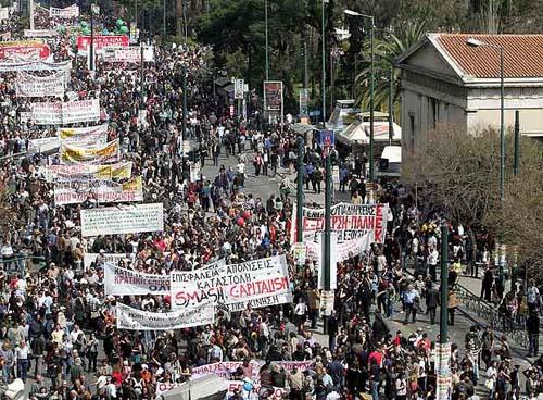 La séptima huelga general en Grecia paraliza hasta el Parlamento Huelga-en-grecia