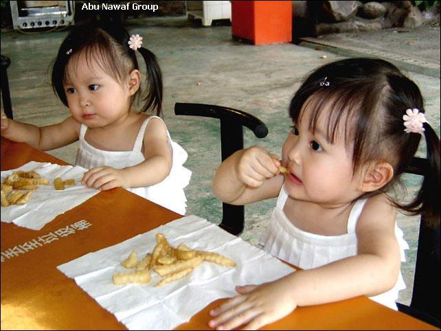 اطفال قمرررر Twin5