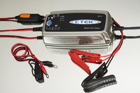 Prise accessoires ? Ori-chargeur-batterie-ctek-multi-xs-7000-2