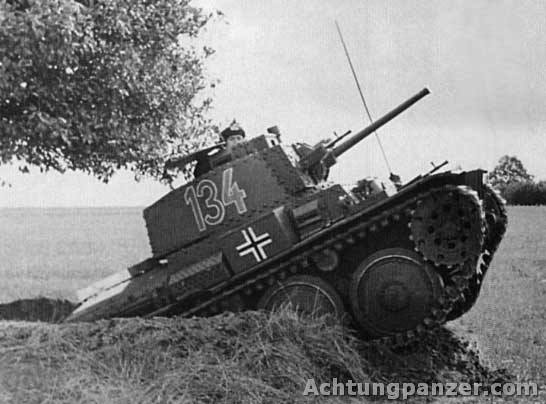 Le Panzerkampfwagen 38 (t) (SdKfz 140) 38_erl