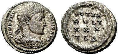 AE3 de Constantino I. Votivo. Tesalónica. 840892.m
