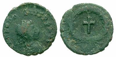 Teodosio II??  Valentiniano III??  Bonifacio??  Leon I??  2501.m
