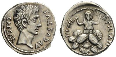 Denario de Augusto. TVRPILIANVS III VIR. Roma 1995727.m