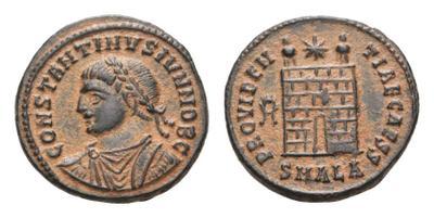 AE3 de Constantino II 1819246.m
