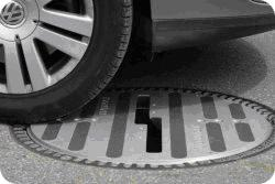 Attention ! Radar de pneus lisses ! Traffic-Observer-3