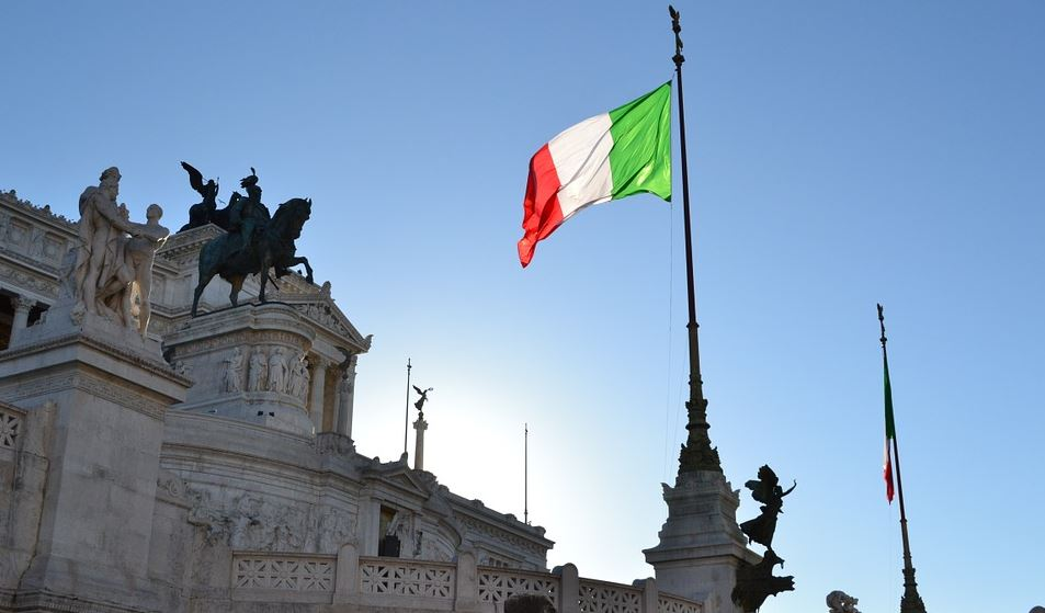 "Global Financial Markets Plunged Into Chaos As Italy Overwhelmingly Votes ""No"" Italy-economy-pixabay"