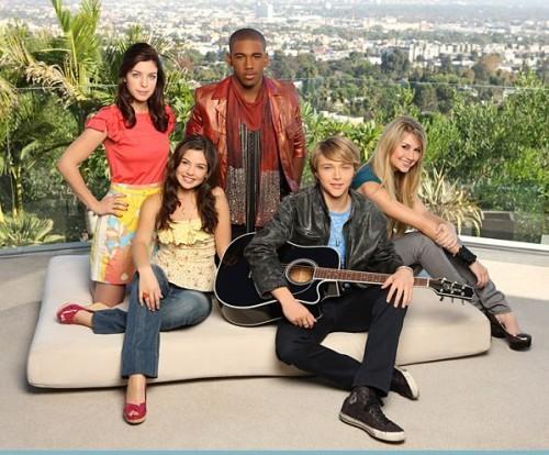 [Disney Channel Original Movie] Starstruck : Rencontre avec Une Star (2010) Starstruck_disney_channel_500x414