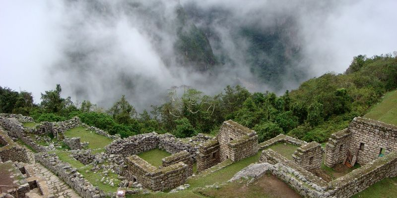 Les scientifiques à la recherche des origines de la noblesse inca qui a rayonné en Amérique du sud ! By  Aline Timbert                            Perou05092018
