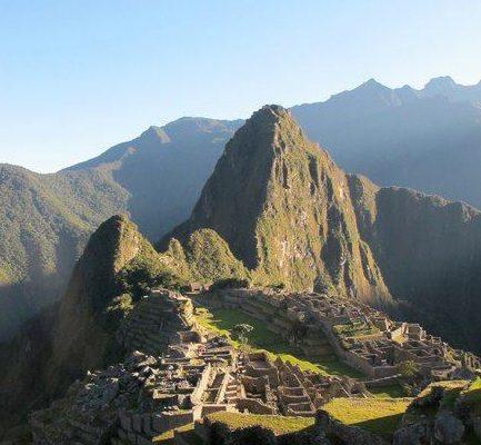 Machu Picchu - Exploring Pre-Inca Megalithic Aspects  Machu-Picchu-433x400