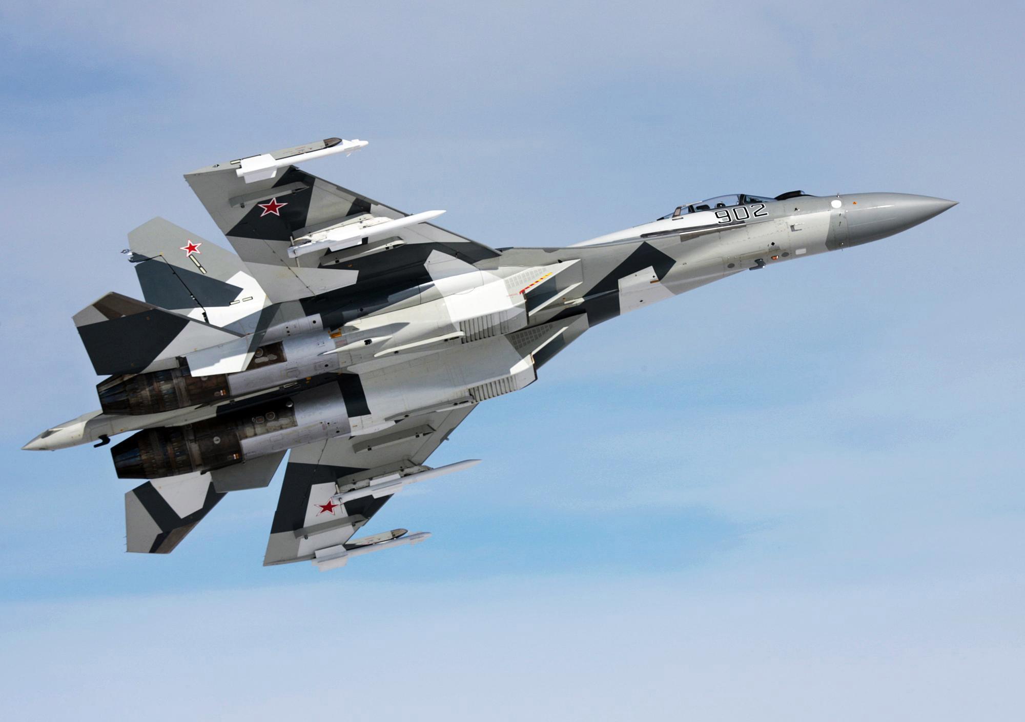 Sukhoi Su-35 ( caza polivalente monoplaza y bimotor Rusia ) Su-35bm