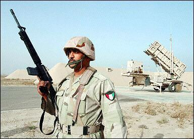 مصر تمتلك الهارم والهاربون جو سطح وتأكيد ع باتريوت رايثون وليس لوكهيد والجاي دام قادمه Kuwait-pac-3-patriot-0303-1a