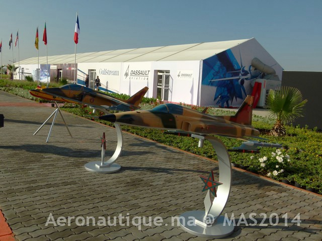 Photos Marrakech Air Show 2014 : Stands FRA et MRM Gal-2601061