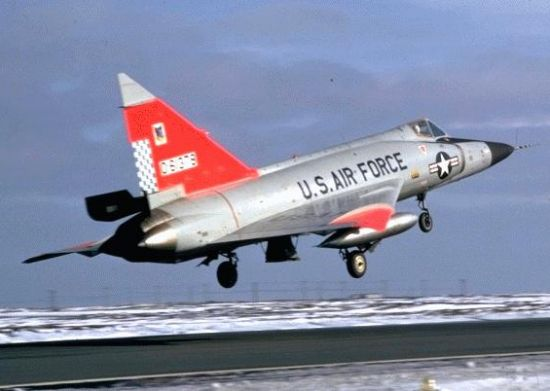 Os projetos secretos nazistas da II Guerra utilizados pós-guerra  F102_08