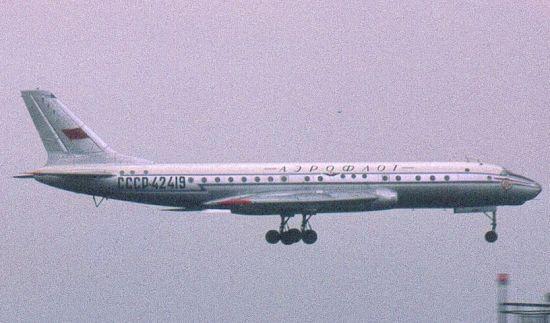 Avioni u kojima smo letjeli i strahovi od letenja Tu104_04